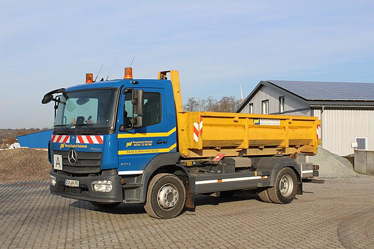Container-2-Harrje-und-Wehrmann.jpg